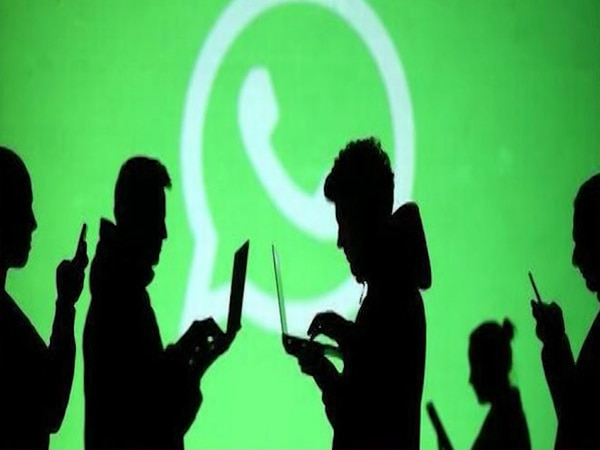 Israeli spyware Pegasus snooped on Indian Journalists through Whatsapp | Master Stroke